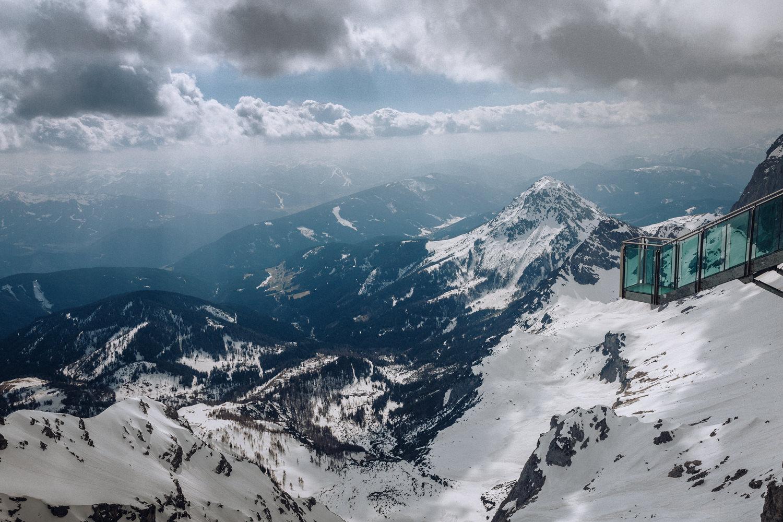 Sky walk a tremila metri ghiacciaio Dachstein