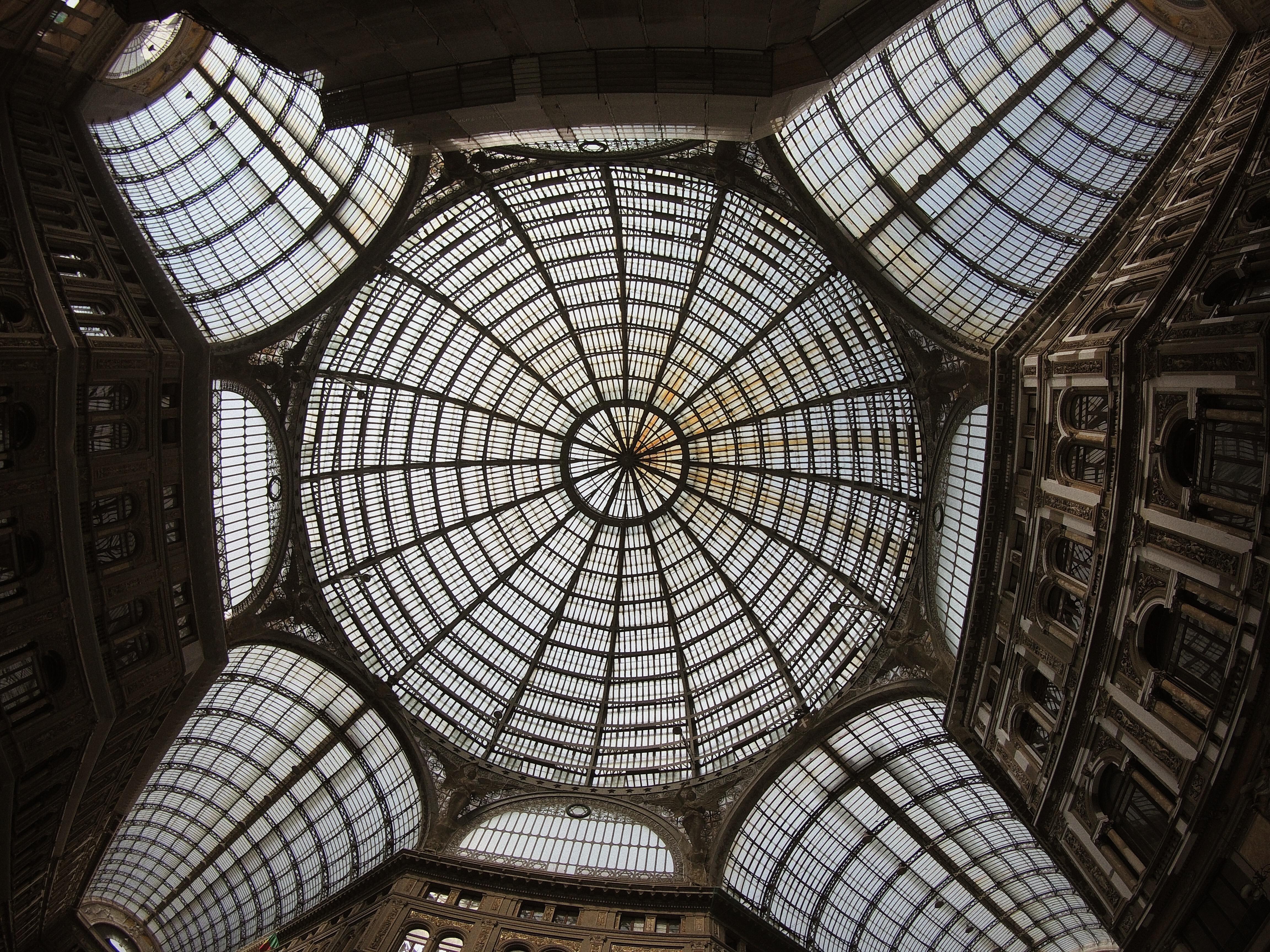 Galleria Umberto I Napoli prospettiva