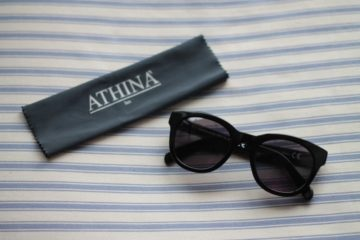 Must have: sunglasses / Athinà LUX