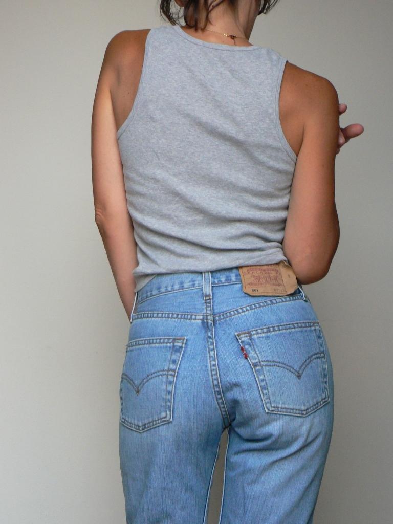Tatiana Biggi - Tati loves pearls - Levi's 501 fashion blogger - outfit inspirations - denim
