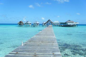 | Tips | Cosa mettere in valigia per una vacanza al mare