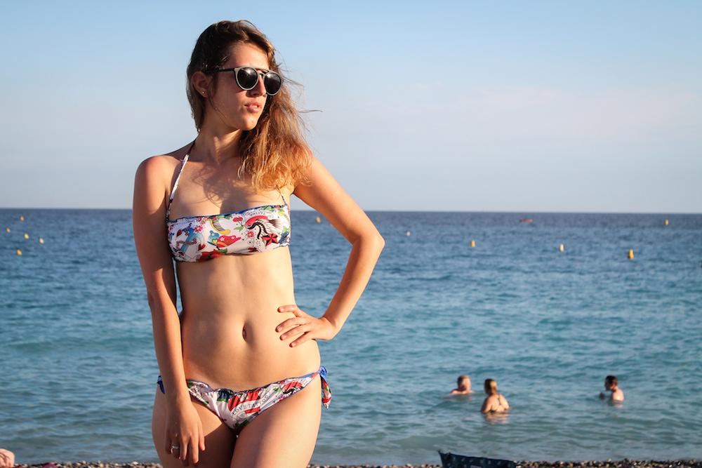 2bekini - costumi 2 bekini - Tatiana Biggi - Tati loves pearls - Nizza - spiagge a Nizza - andare al mare a Nizza - Promenad des Anglais - Hype glass