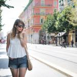 outfit turista - look turista - Nice - Tatiana Biggi - Tati loves pearls - outfit shorts - Levi's 501 - Celine Traveller - Fossil