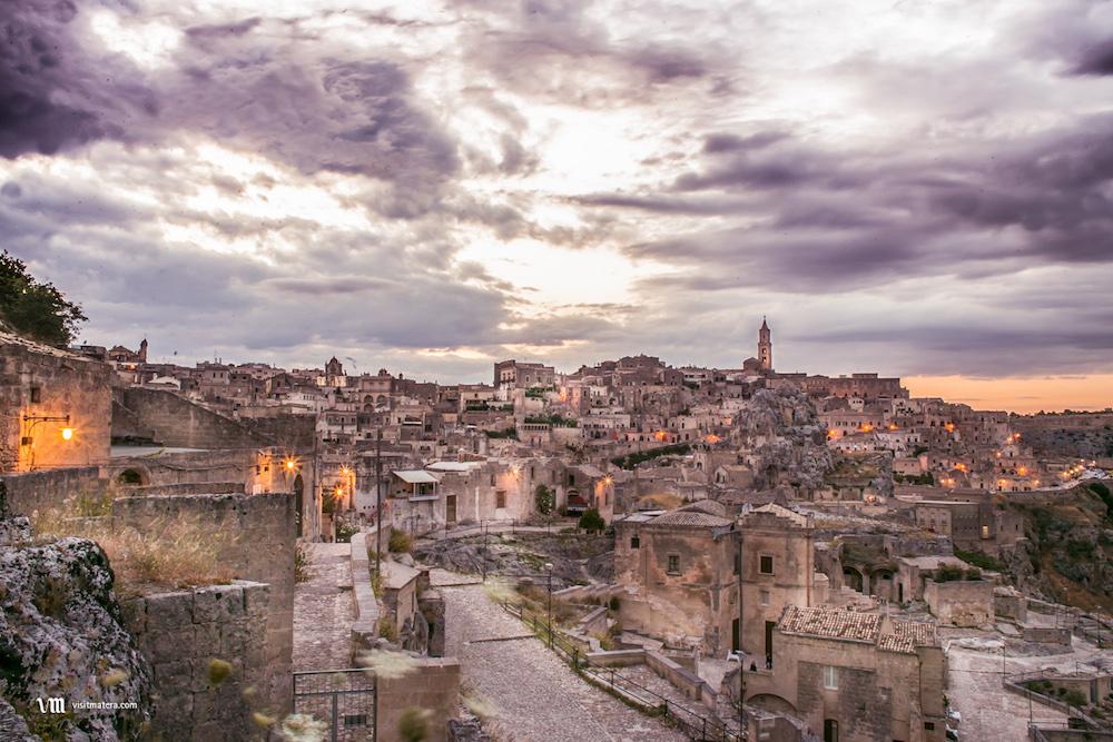 POSTI DA VEDERE IN ITALIA - VIAGGIARE IN ITALIA - ITALIA TRAVEL EXPERIENCE - MATERA