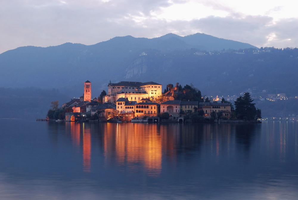 POSTI DA VEDERE IN ITALIA - VIAGGIARE IN ITALIA - ITALIA TRAVEL EXPERIENCE - LAGO D'ORTA