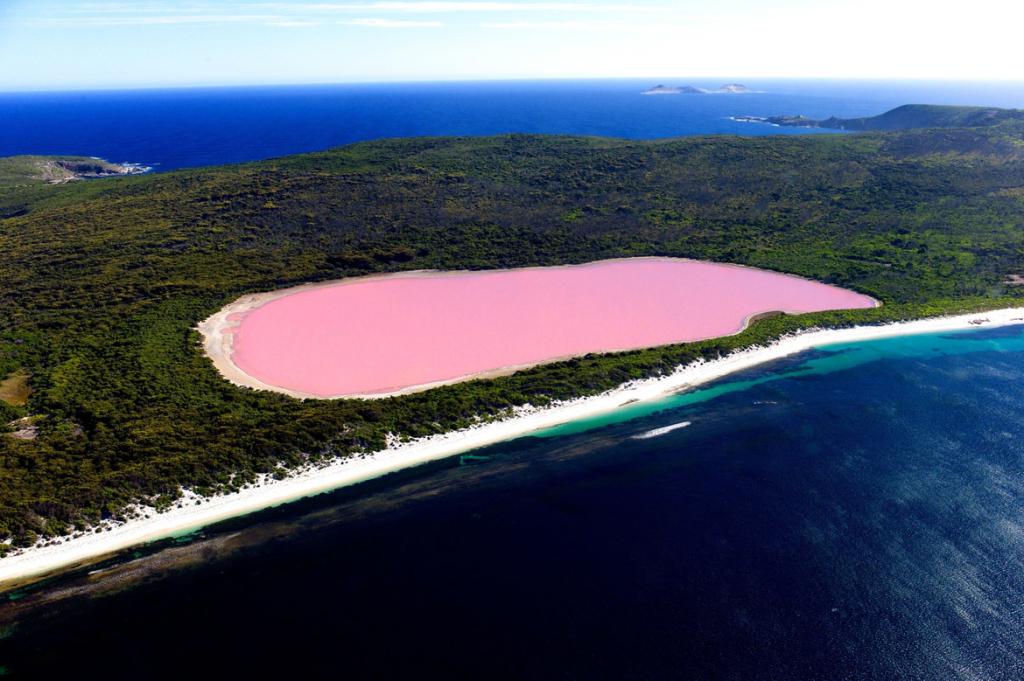 posti da vedere nel mondo - Pic du Midi - travel - travel inspirations - Tatiana Biggi - lago Hillier