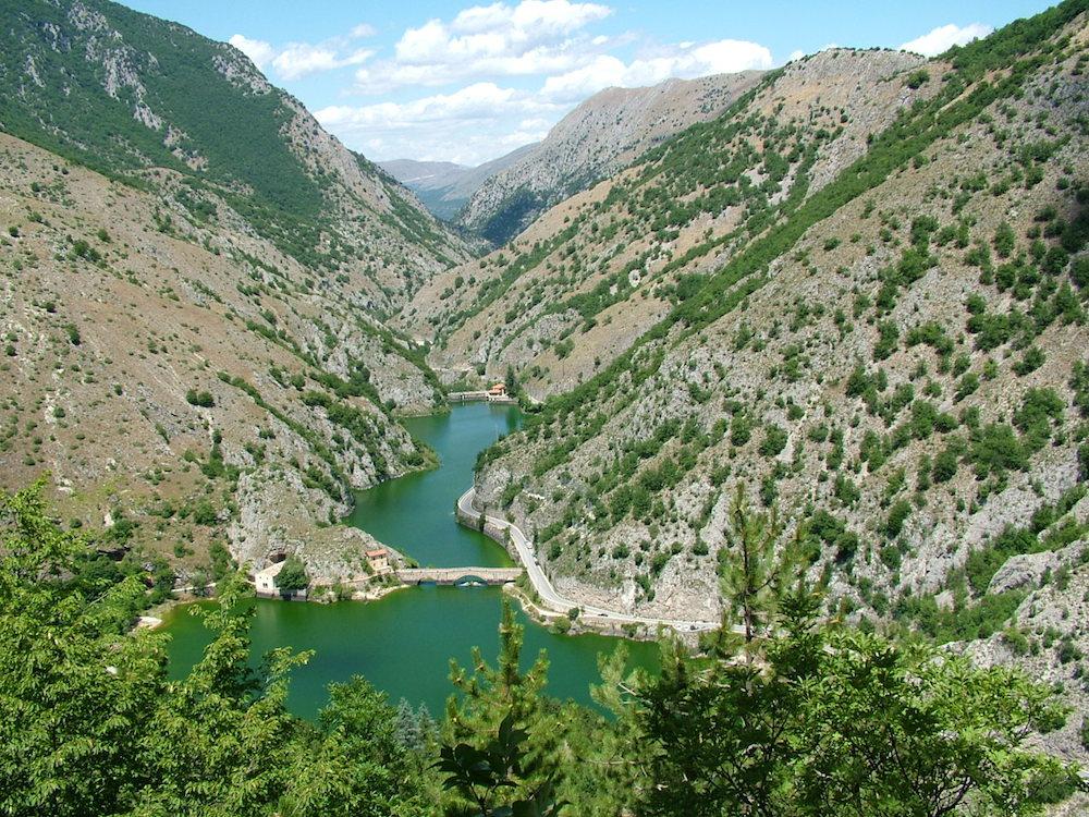 POSTI DA VEDERE IN ITALIA - VIAGGIARE IN ITALIA - ITALIA TRAVEL EXPERIENCE - GOLE DEL SAGITTARIO