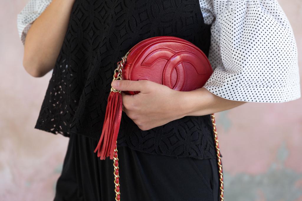 Tatiana Biggi blogger - Tatiana Biggi italian influencer - Coca cola shoes - outfit autunno - come vestirsi in autunno - layering outfit - chanel vintage - autumn outfit