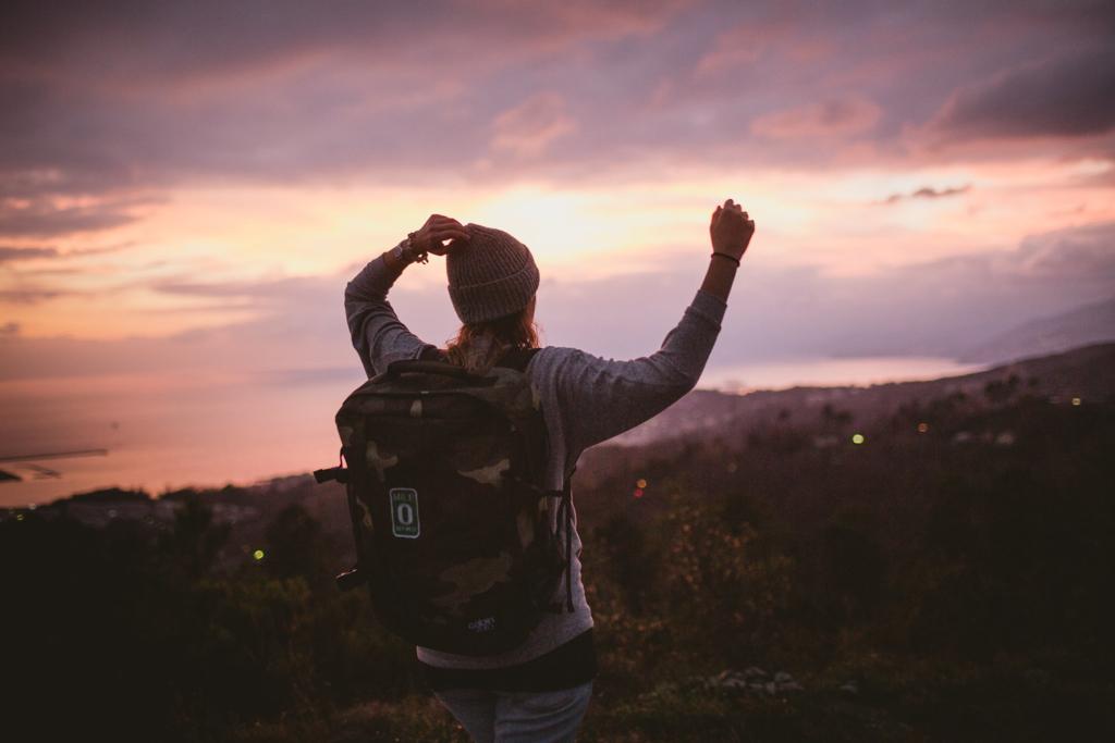 Tatiana Biggi - travel - travel blog - viaggiare - tramonto - inspiration travel - cabin zero - zaino per viaggiare