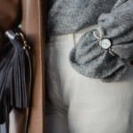 outfit dicembre - Tatiana Biggi blogger - Tatiana Biggi blogger Italia - come vestirsi in inverno - outfit inverno - dicembre come vestirsi - outfit cappotto cammello - outfit pantaloni bianchi - outfit Stan Smith -