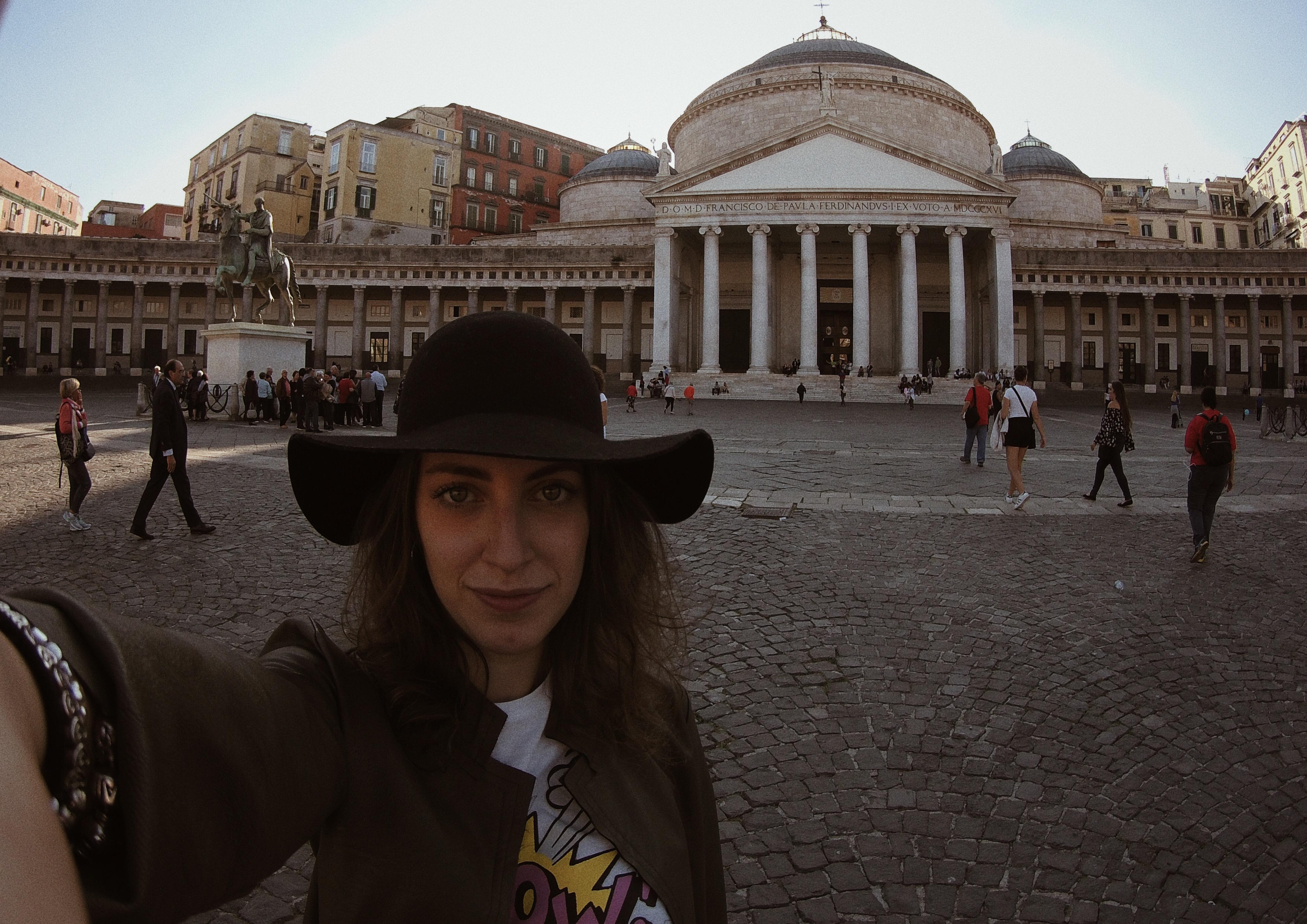 Tatiana Biggi, Piazza del Plebiscito Napoli