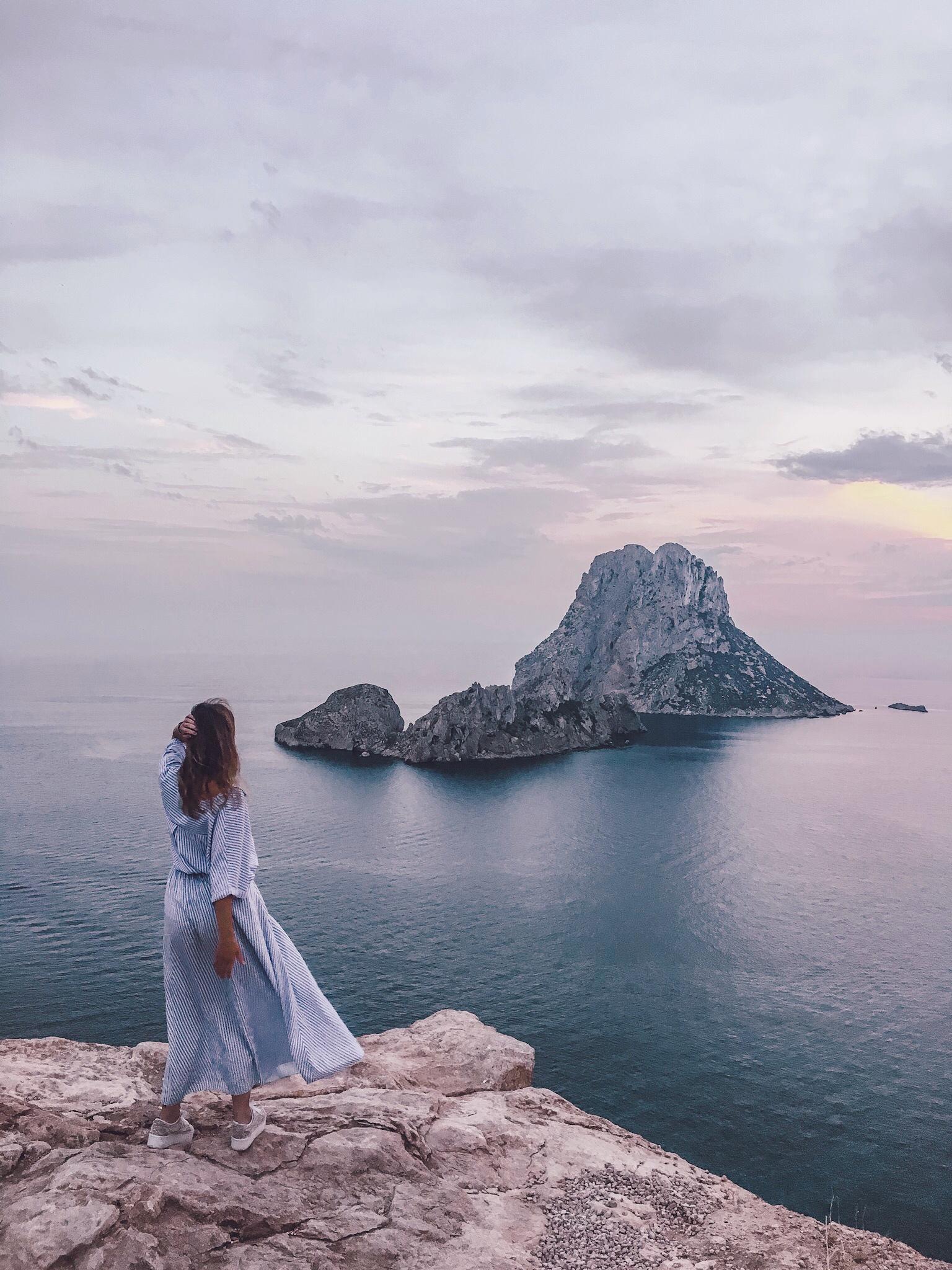 Ibiza cosa vedere, tramonto Es Vedrà